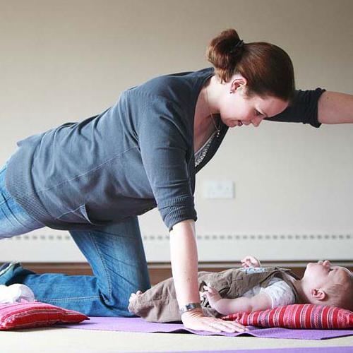 5 Benefits of Postnatal Yoga